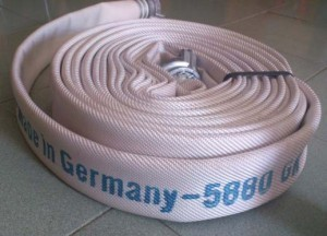 Cuộn vòi rồng phun nước chữa cháy vách tường Jakob Đức loại 1 dùng ngoài trời D50, D65 kèm khớp nối cứu hỏa - Bảng báo giá tháng 12 phần 1