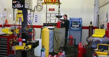 Nạp sạc bảo trì bình chữa cháy khí CO2 MT kiêm thay thế phụ kiện cứu hỏa kèm theo uy tín giá rẻ tại TPHCM, Bình Dương - Bảng báo giá 2015