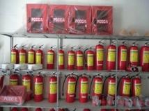 Độ cần thiết của việc trang bị bình chữa cháy trong gia đình hoặc nơi làm việc để đảm bảo an toàn PCCC ảnh 1